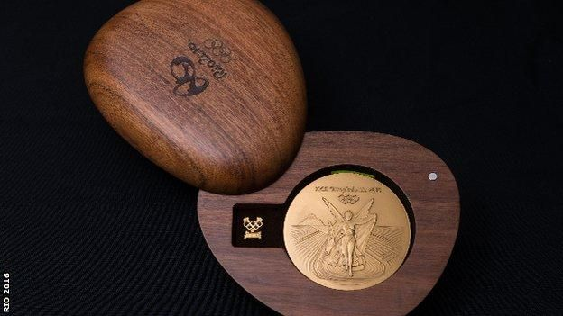 #Rio2016 Olympic medals revealed - and the #FSC Certified cases that house them! via BBC Sport: ow.ly/7p0O302qe9Y