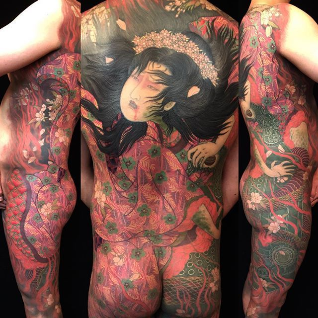 """I'm so happy to share this Back Piece,, This """"Kiyohime (RINNE)"""" was started 4 years ago,, Actually My painting work """"RINNE"""" was started at the same time, basically I draw this design for him. but I tried the possibilities of Tattoo and Painting,, Finally Completed,, also It will still long ways,, Keep Blazing! @rinne_khs Otsukaresama deshita! #shige #shigetattoo #shigeyellowblaze #yellowblazetattoo #黄炎 #清姫 #道成寺 #kiyohime #dojoji #rinne #tatoueurstatoués #quaibranly @cheyenne_tattooequipment…"""