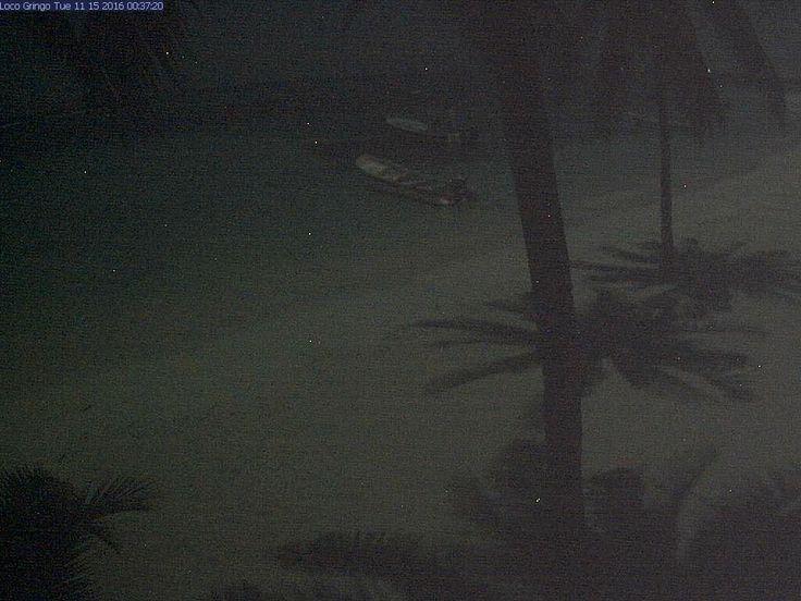 Live webcam from Akumal main beach, Lol ha restaurant, Akumal Mexico, Riviera Maya.