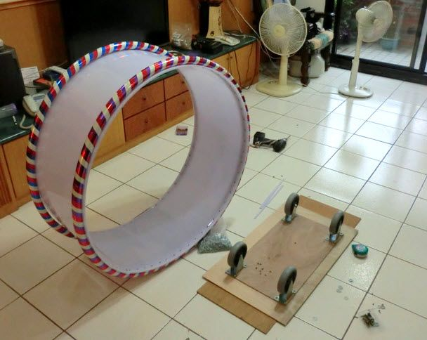 how to build hamster-like wheel for cats