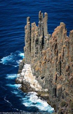 Tasmania, Australia, Geology, Tasman Peninsula, columnar jointing, cooling, jointing, hexagonal, Rocks, Sea columns, sea cliffs, south, antarctica, adventure, travel, blog, geologist, exploring, exploration, dolerite, what rock type is, how did form, ocean, sea, intrusive, extrusive, geomorphology, cape raoul, bush walking, hiking, sea lions