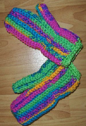 This is a super simple crochet pattern for mittens. I made ...
