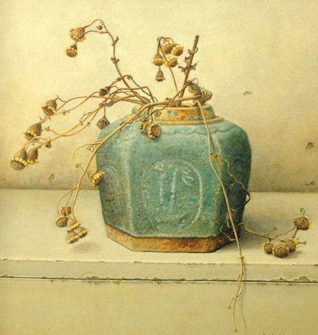 Aad Hofman     Verdroogd blad, droogbloemen, een roestig stuk ijzer, door weer en wind aangetaste planken vormen de onderwerpen die Aad Hofm...