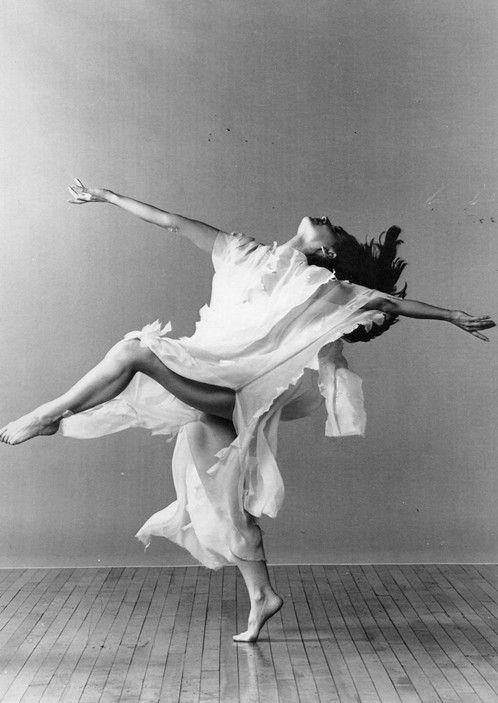 Isadora Duncan                                                       …