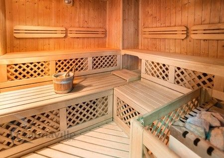Sauna diy how to build your own sauna diy saunas for Make your own sauna at home