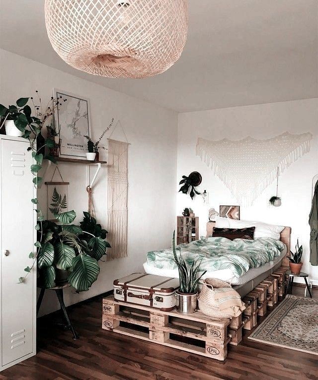 5 Ways to Improve Your Indoor Air Quality in Style (Daily Dream Decor)