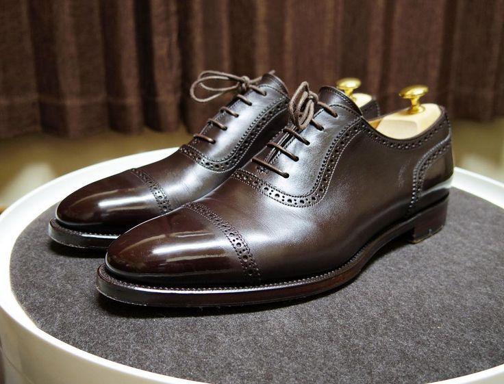 Tamaya Footwear 明日は久しぶりにこの靴を いい形をしています #tamayafootwear #shoes #mensshoes #shoecare #タマヤフットウェア #紳士靴 #革靴 #靴磨き #シューケア