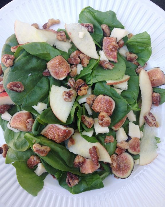 fig, apple, pecan and white cheddar salad
