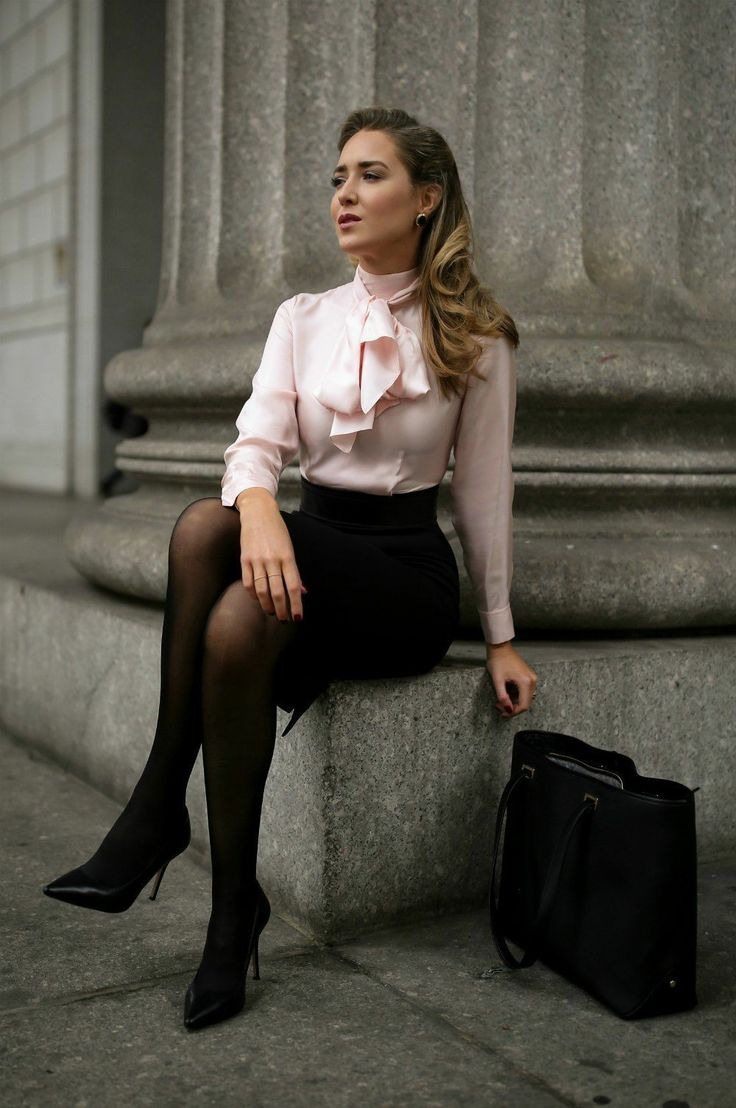 Obedient secretary