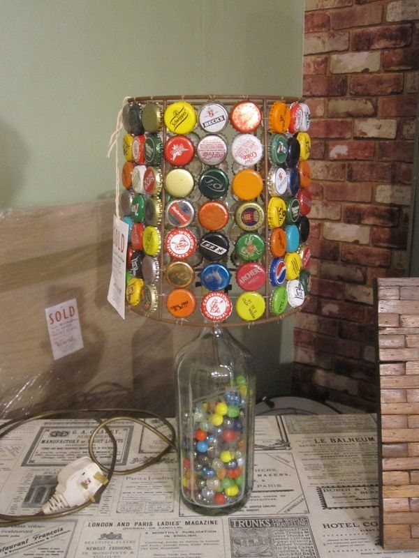 I love this idea for old bottlecaps just make friends for What can i make with beer bottle caps