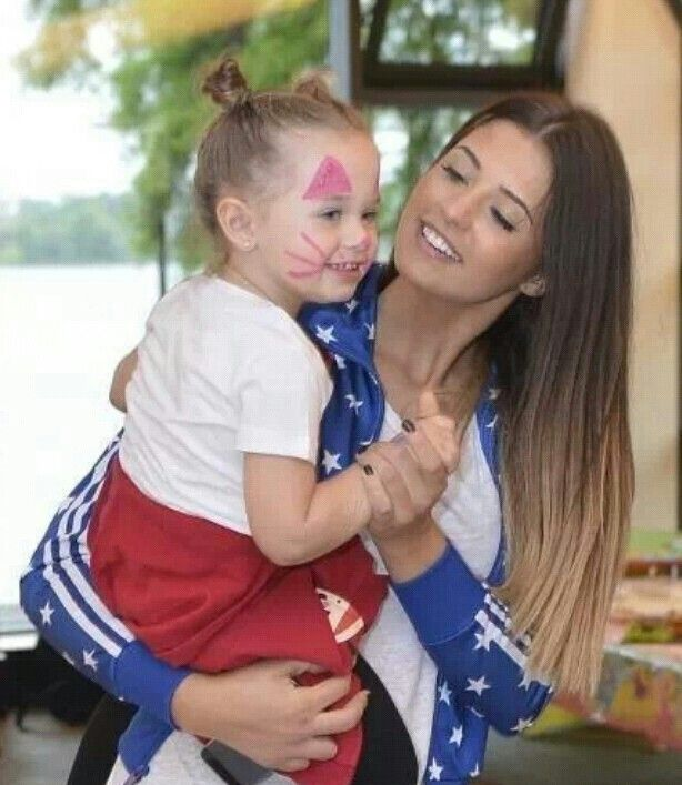 Antonia with her cute daughter maya :)