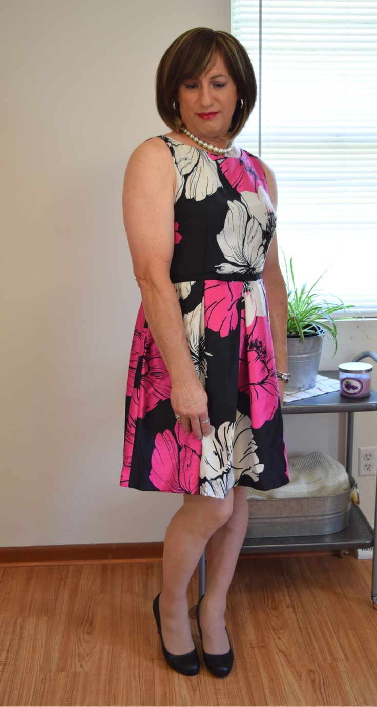 """prettylillycd: """" New Dress This is the dress I got to replace the one I am returning from my last post. I really wanted to stay away from floral's this time but I couldn't pass this one up! More photos to follow soon! """""""