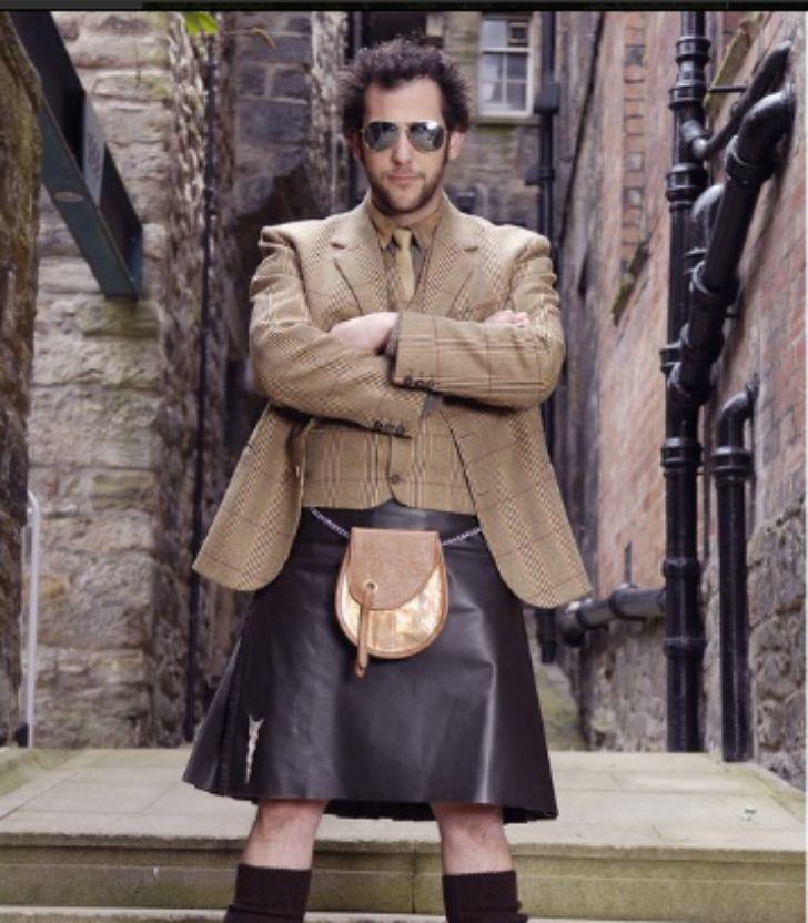 15 fotos que prueban que los chicos NO deben usar faldas escocesas