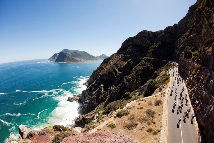 Cyclists cycling around the Cape Peninsula