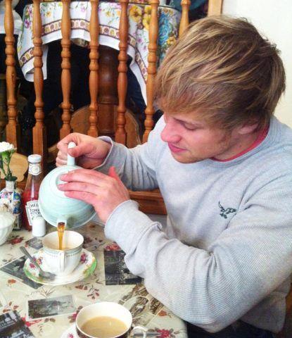 A real man drinks tea.