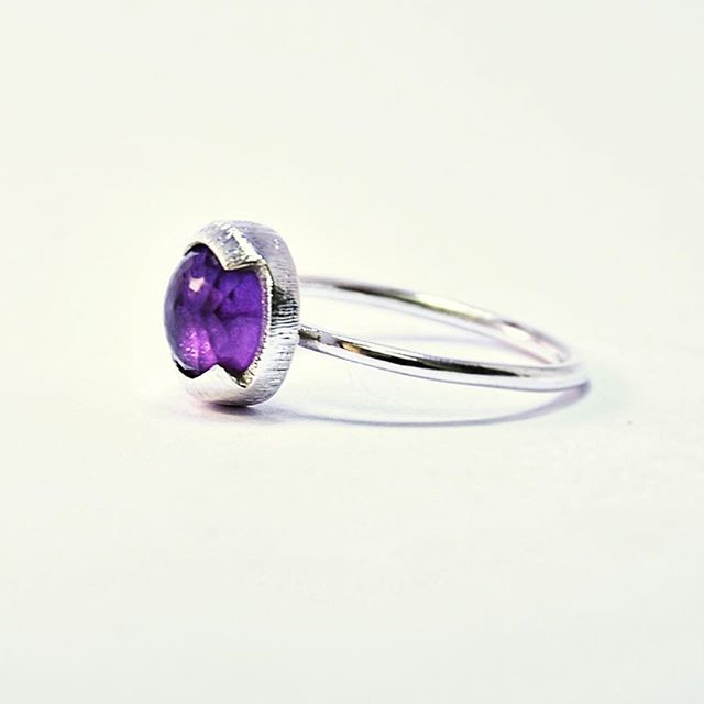Purple for dayssss  This Amethyst is pure madness!! #ethicallysourced  . . . . . . . #jewelrydesign #ethicalfashion #ethical #gemstones #amethyst #amethystring #gem #recycled #sterlingsilver #silver #silverring #ethicaljewelry #jewelry #jewellery #ring #rings #jewelrygram #slowfashion #slowfashionmovement #recycle #reuse #finejewelry #joias #joiasfinas #ametista #handmadejewelry #jewelrycollection  #schmuckdesign #zurich