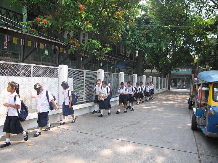 Thai Students - Thailand - Primary school students in Thailand