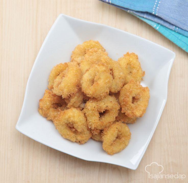 Bumbu kari yang khas lezatnya sangat cocok saat digunakan mengolah cumi segar. Dengan 3 langkah mudah, Calamari Kari yang renyah ini pun tampil sebagai lauk istimewa.