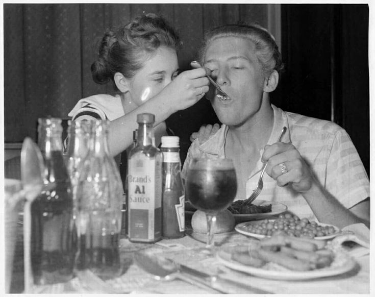 Jerry Lee Lewis with Myra in London, May 1958