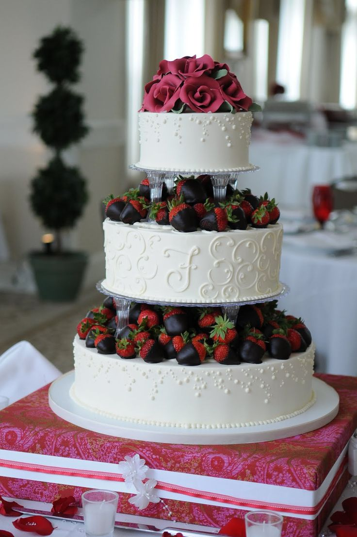 wedding cakes with strawberries on them | Dessert Works Bakery: Chocolate Dipped Strawberries