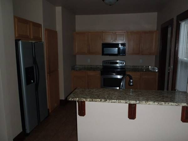 3 BD SF MOVE IN SPECIAL 1122 S 50th St