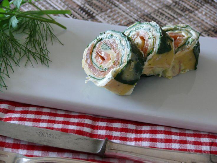 Ein schneller einfacher FIngerfood für Silvester? Da sind meine Lachsröllchen im Spinat-Teig-Mantel genau das richtige. Sie sind schnell zu machen, die Zutaten sind schnell zu besorgen und sie sind natürlich unglaublich lecker!