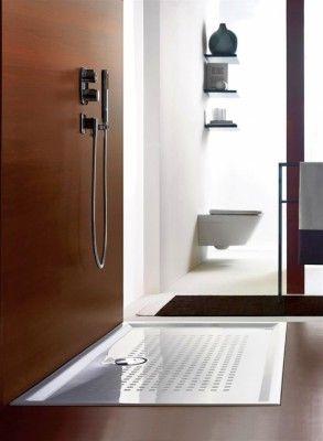 Ντους στο ύψος του δαπέδου από την συλλογή του Bathroomplus