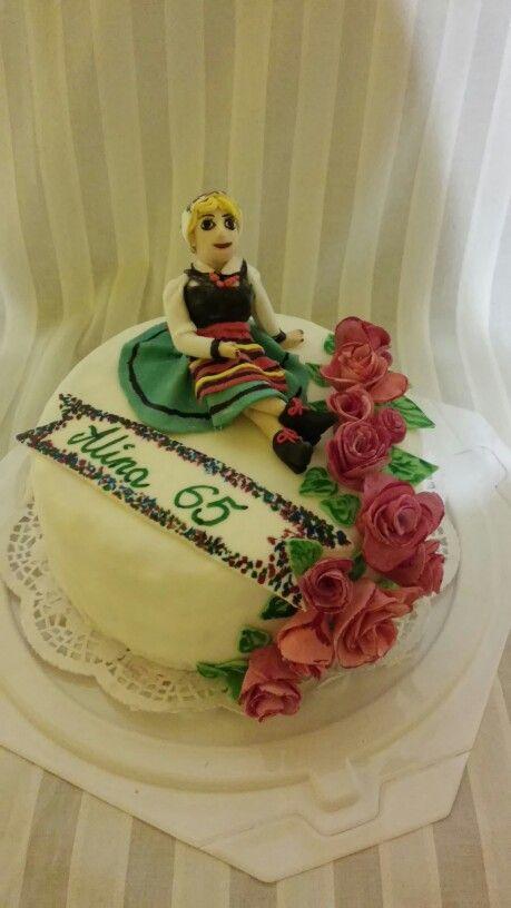 Folk cake