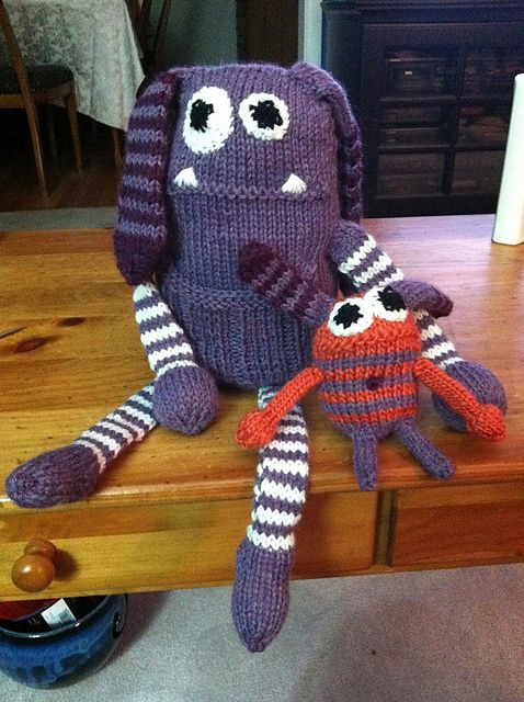 Bonnie Babies Knitting Patterns : 17 Best images about Toys on Pinterest Fair isles, Free pattern and Toys