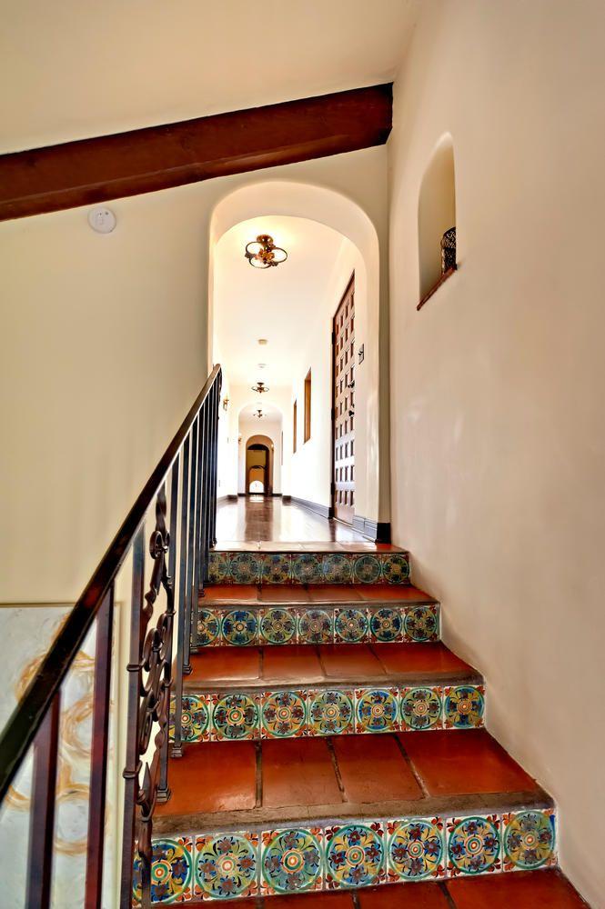 A Spanish Villa with Luxurious Hollywood Charm