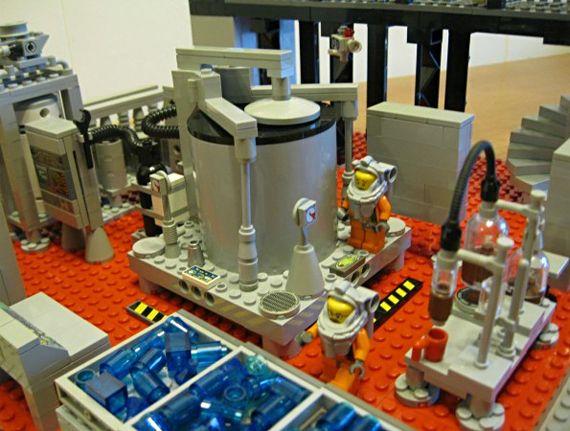 Breaking Bad LEGO Meth Lab via @Incredible Things