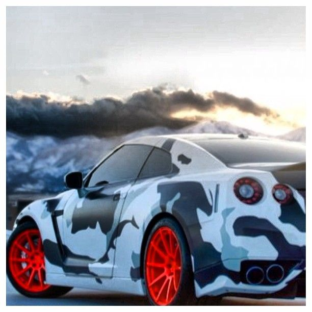 Camo Nissan GTR , camouflage is the 2013 fashion for cars.