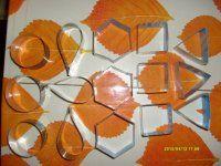 výroba formiček na semifreda + pyramidky na minimedovníčky