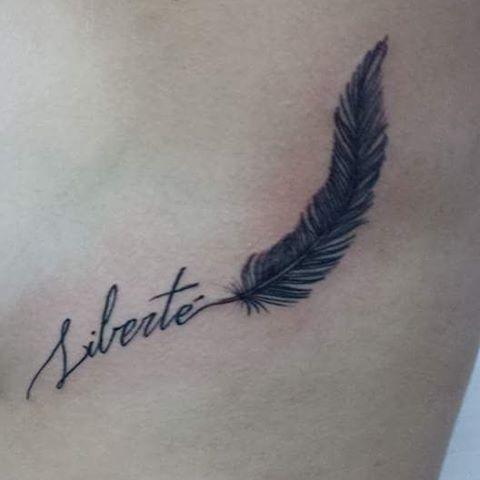 ♤ O segredo da felicidade é LIBERDADE e o segredo da liberdade, é a coragem ♤ Whatsapp +55 85 986286428 #liberdade #liberte #tattoodelicadas #tattoofeminina #tatuagem #tattoo2me #tattooist #tattooartist #tattoos #ink #tattooinspiration #lovetattoos #tattooideas #williamtattoo