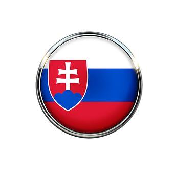 """A szlovák nyelvet sokan a szláv nyelvek """"eszperantójának"""" tartják, ugyanis más szláv nyelvek beszélői számára a szlovák a legkönnyebben megérthető. http://slovake.eu/hu oldal segítséget nyújt a szlovák nyelv elsajátításához. A tananyagokhoz való eljutás regisztrációhoz kötött, mely ingyenes. A tanulás menüpont alatt a szlovák nyelv bemutatása mellett A1, A2, B1, B2 kurzus menüpontok alatt találhatóak a leckék, melyek között szabadon lehet válogatni."""