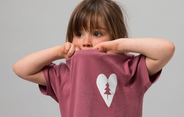 News Kinderbekleidung namuk Sommer 2017 http://wp.me/p2x69e-m68 #EtaProof #Kinder #Kunstfaserjacken #Longsleeves #Namuk #Pullover #Regenjacken #Schweiz #T-Shirts #Windjacken #NewsBekleidung #ichliebeberge