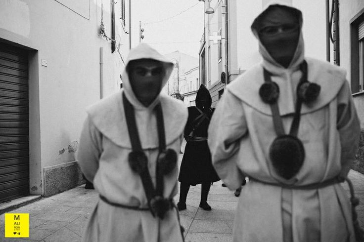#reportage #photography #sardegna #carnival #carnevale #mauronster  ©MAURONSTER