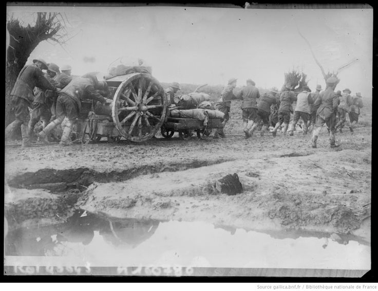 WWI, Somme, Battle of the Ancre, British troops