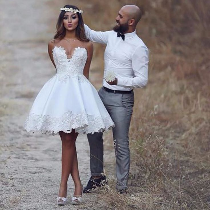 Sexy Sweetheart Puffy Prom Dress, Short Ball Gown Party Dress , Knee Length Party Dress with Lace Appliques