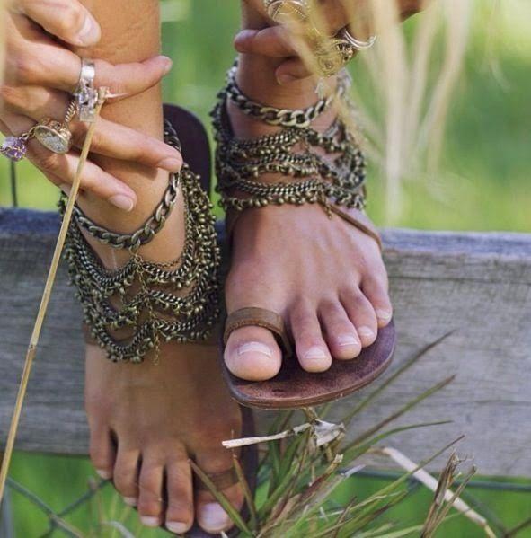 Yalnız Kızın Şatosu: Sandalet Çeşitleri ! Mükemmel!
