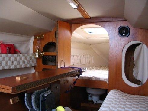 intérieur voile et voilier  photos | ... -707-deriveur-integral-24-pieds-11-po-1985/interieur-du-voilier-001