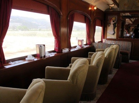 The Napa Valley Wine Train: a trip back in time to the glory days of American rail travel. Click for 29 more things to do in Napa Valley |From This Is My Happiness.com #Napa #NapaValley #travel #trains