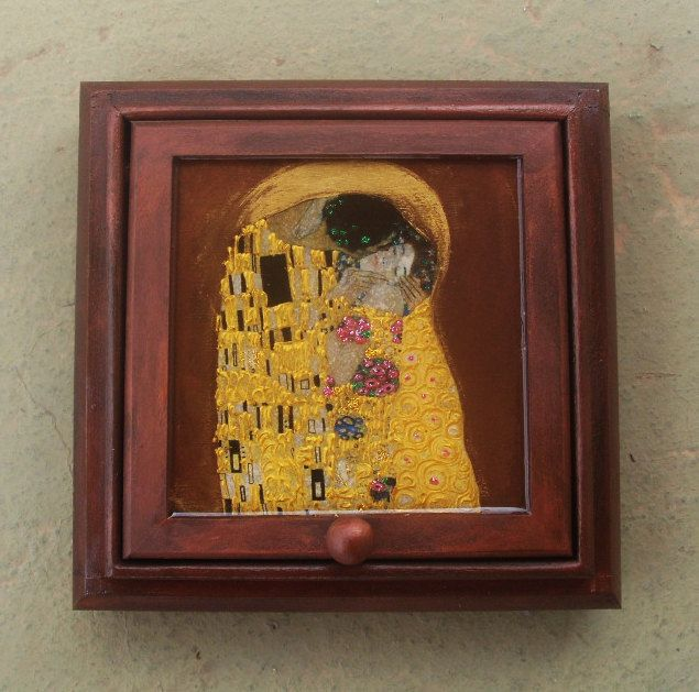 Wooden Jewelry Box - Kiss by allabouthandicraft on Etsy