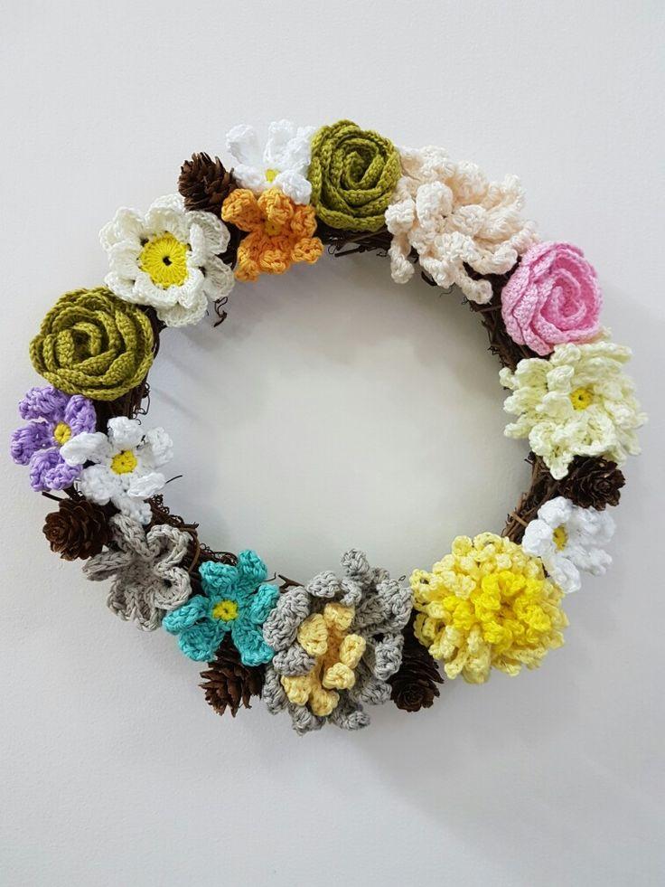 The crochet flower wreath