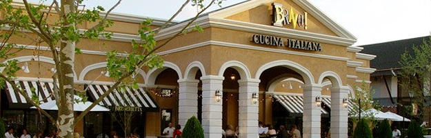 BRAVO! Cucina Italiana - Love the patio! Good food and good wine!