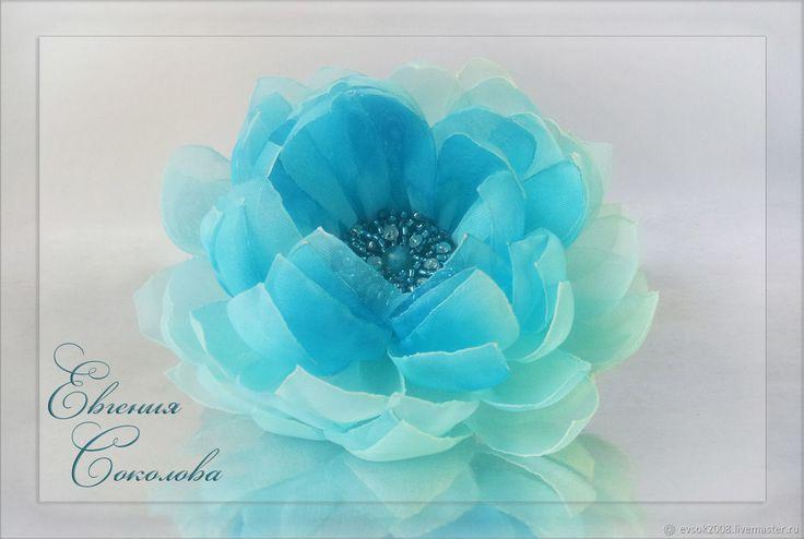 Купить Резинка для волос с цветком в интернет магазине на Ярмарке Мастеров