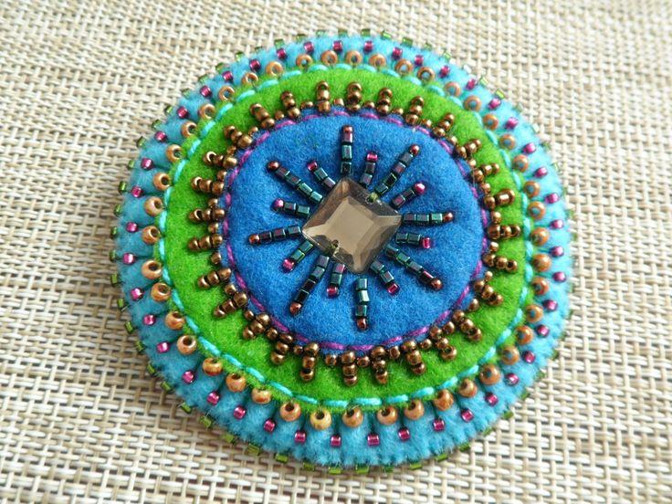 ETNO Mexico 2in1 felt brooch pendant, felt brooch, felt pendant, felt necklace, personalized gift, gift for her, OOAK by LolaFUN on Etsy