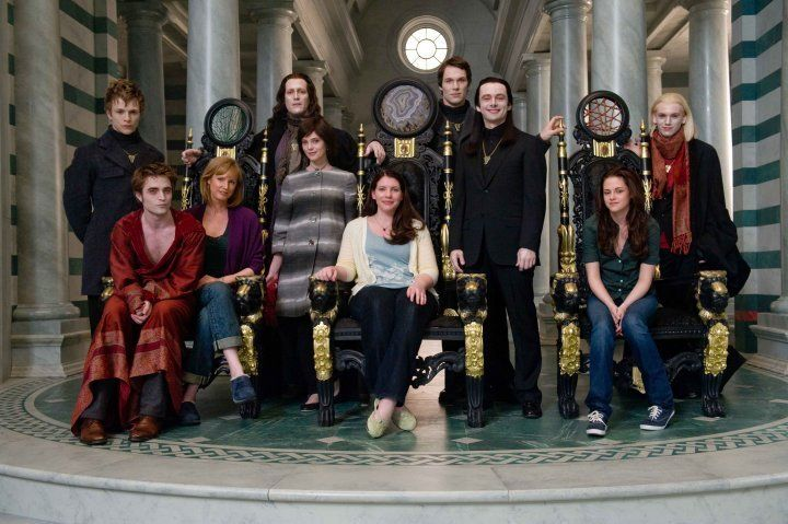 "Twilight New Moon pic w/ Stephanie and cast! Very Cool! Notice how Kristen and Rob are on opposite sides of the pic! They were together then but kept ""hush-hush""~"