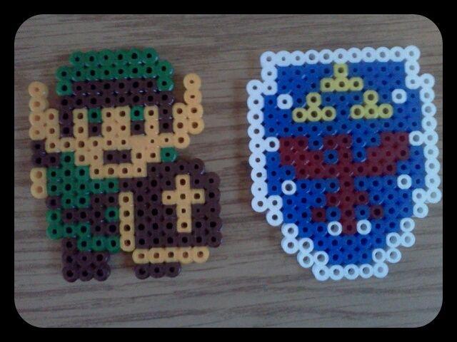 Legend of zelda link and shield 8 bit characters pinterest legends link and zelda - Eppe minecraft ...