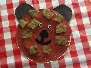 Bear paper plates